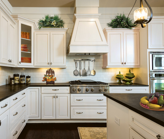 MDF vs Traditional Wood Cabinetry